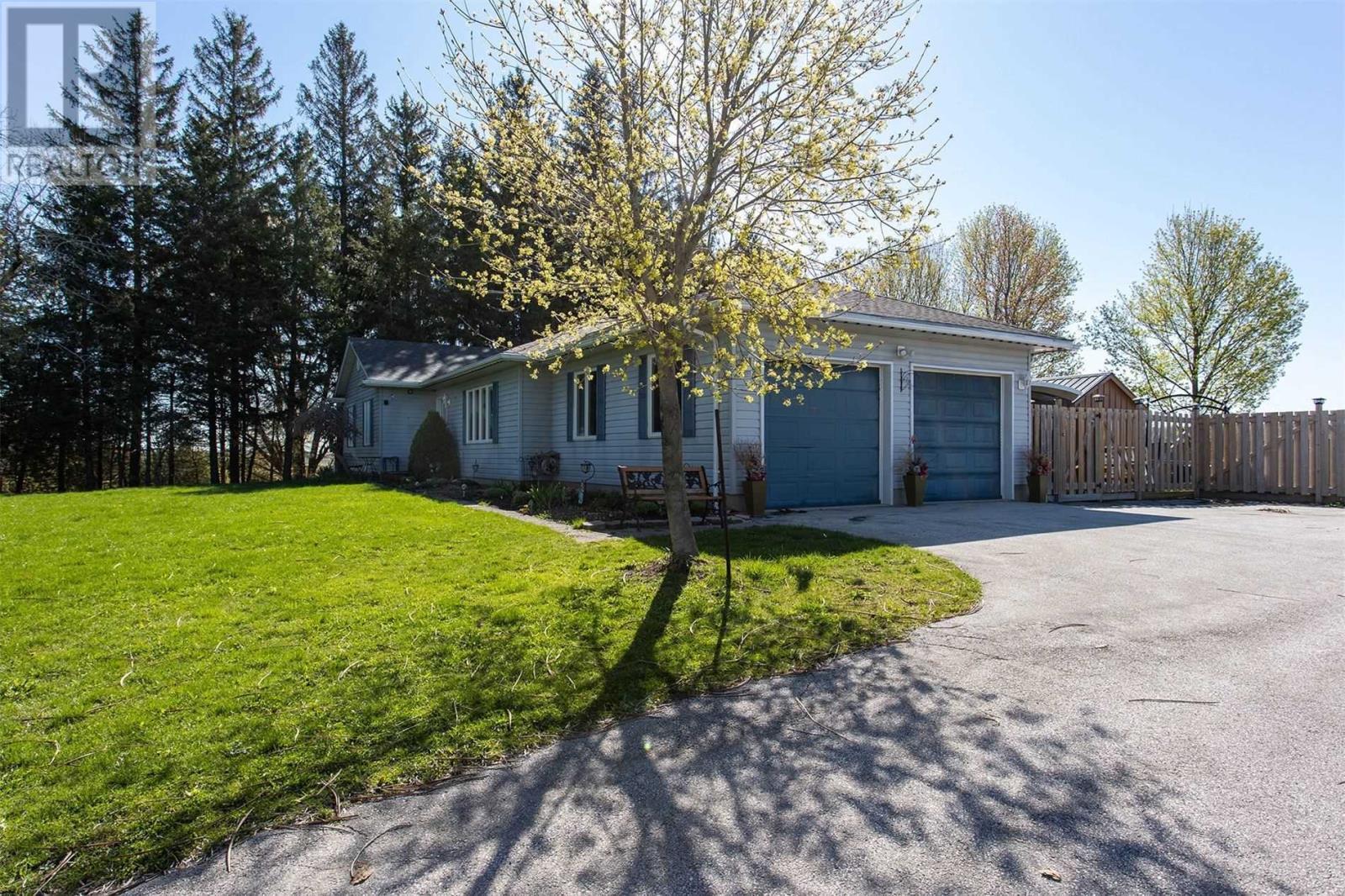 27 Brant-Elderslie, Brockton, Ontario  N0G 2N0 - Photo 2 - X5220673
